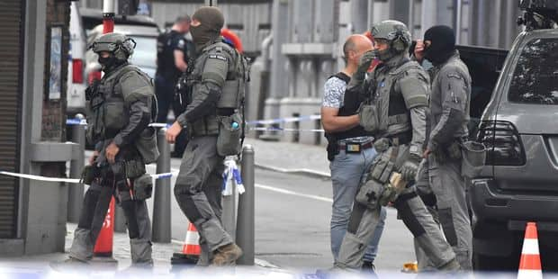 """Une vidéo confirme que l'auteur de l'attaque de Liège a crié """"Allahu Akbar"""" - La Libre"""