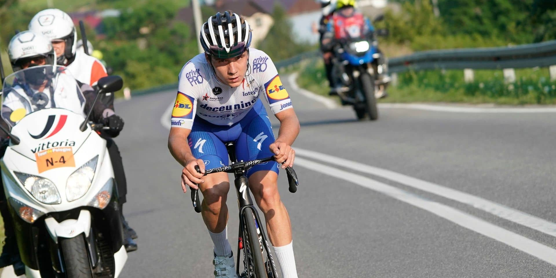 Remco Evenepoel prolonge son contrat avec Deceuninck-Quick Step jusqu'en 2026 !