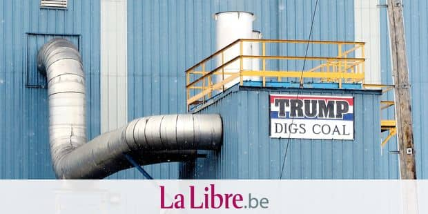 """A sign with the words """"Trump digs coal"""" can be seen on a factory building in a coal mining area in Hazleton, Pennsylvania, US. The city has many citizens of Latin American descent. It sits within a district where resident overwhelmingly voted for the Republican Donald Trump. Photo: Maren Hennemuth/dpa"""
