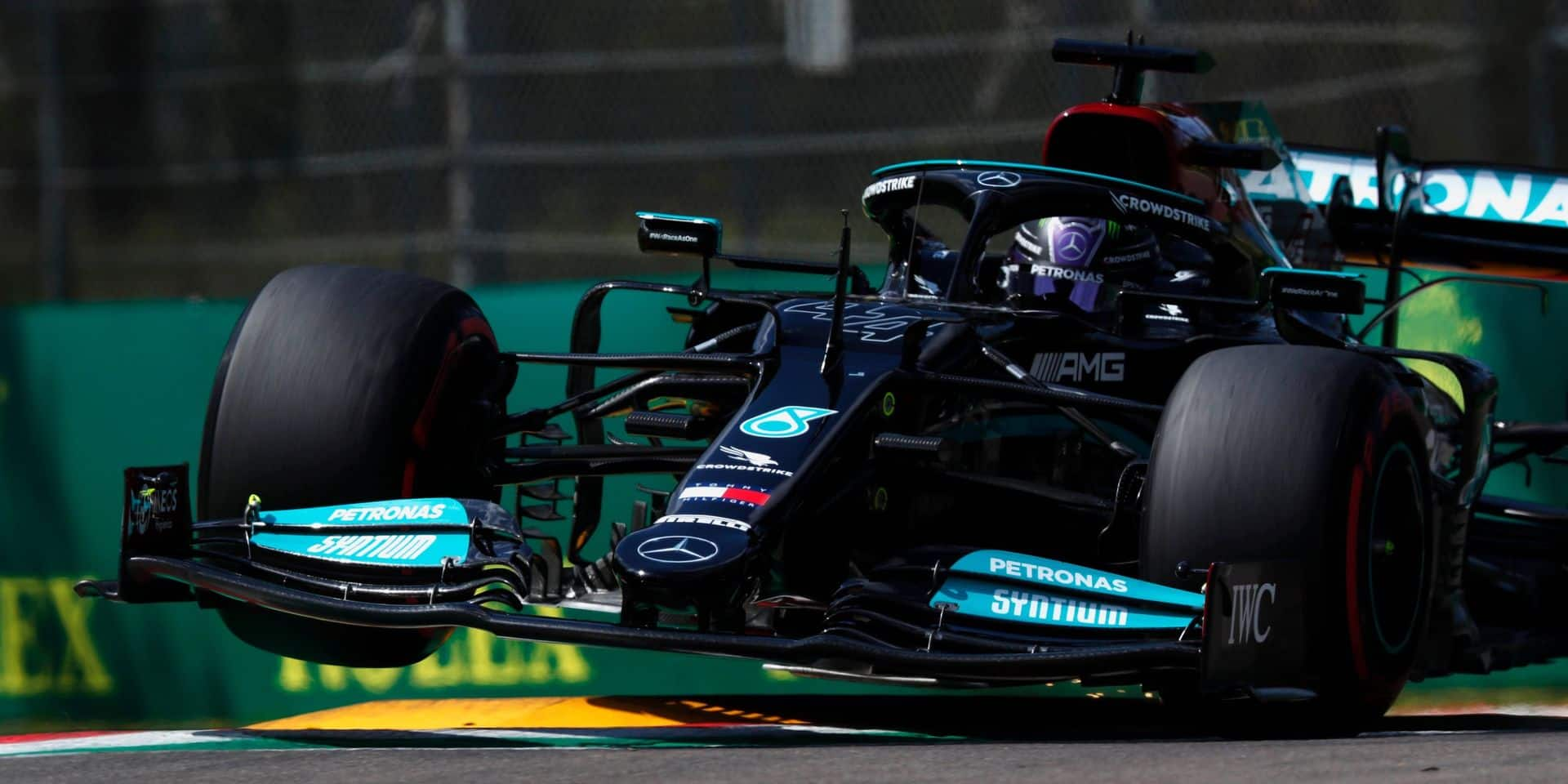 GP d'Emilie-Romagne: Lewis Hamilton en pole position devant Sergio Pérez