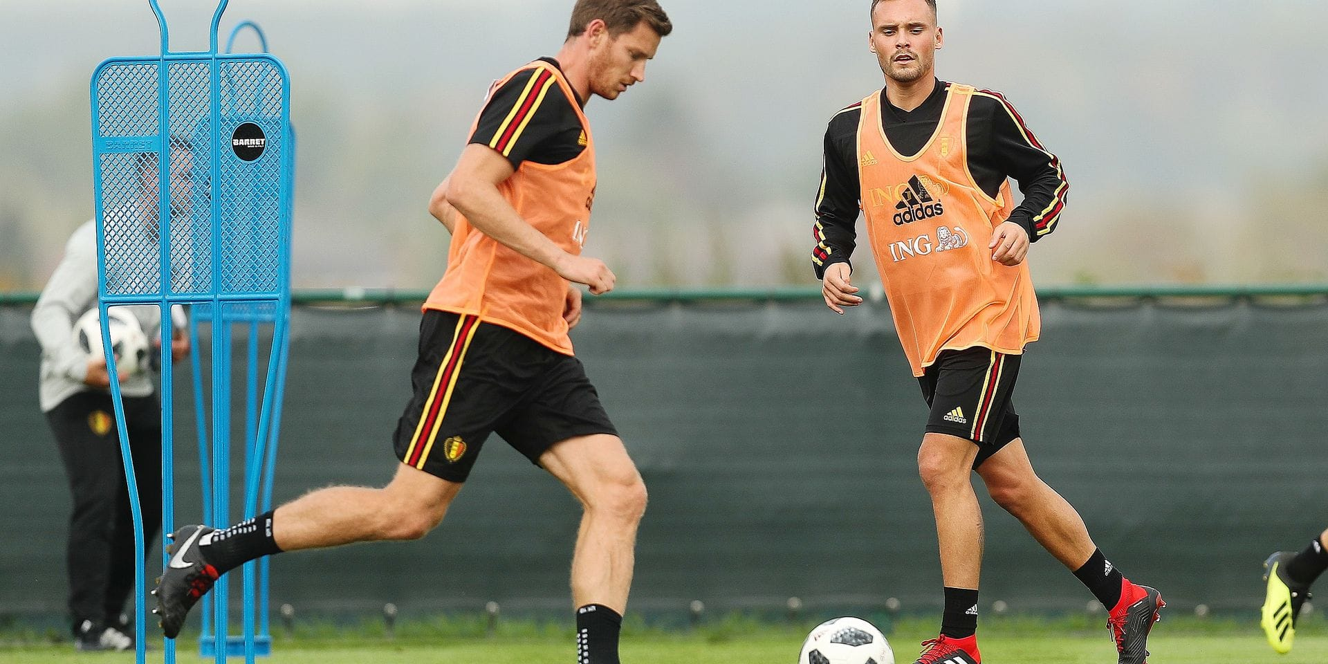 Belgium's Jan Vertonghen and Belgium's Birger Verstraete pictured during a training session of Belgian national soccer team the Red Devils in Tubize, Tuesday 04 September 2018. The team is preparing for a friendly match against Scotland on 07 September and the UEFA Nations League match against Iceland on 11 September. BELGA PHOTO BRUNO FAHY