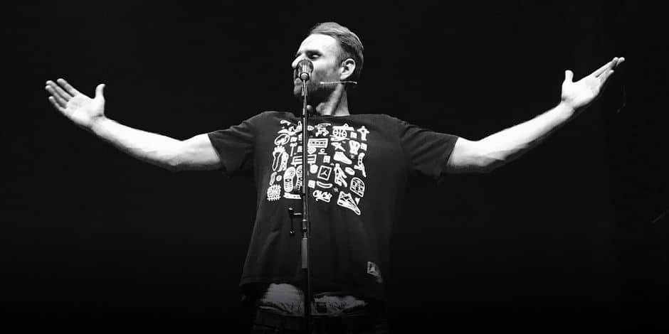 Vibrant hommage à Brel du rappeur Mochélan - La Libre