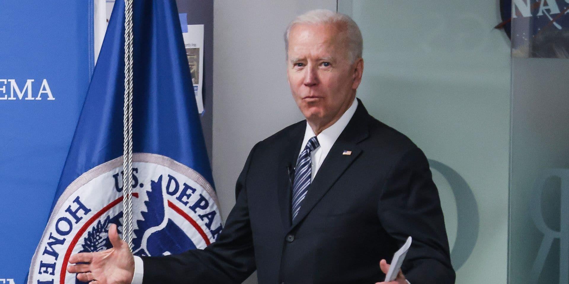 Joe Biden reçoit les proches de George Floyd, mais la grande loi attendra