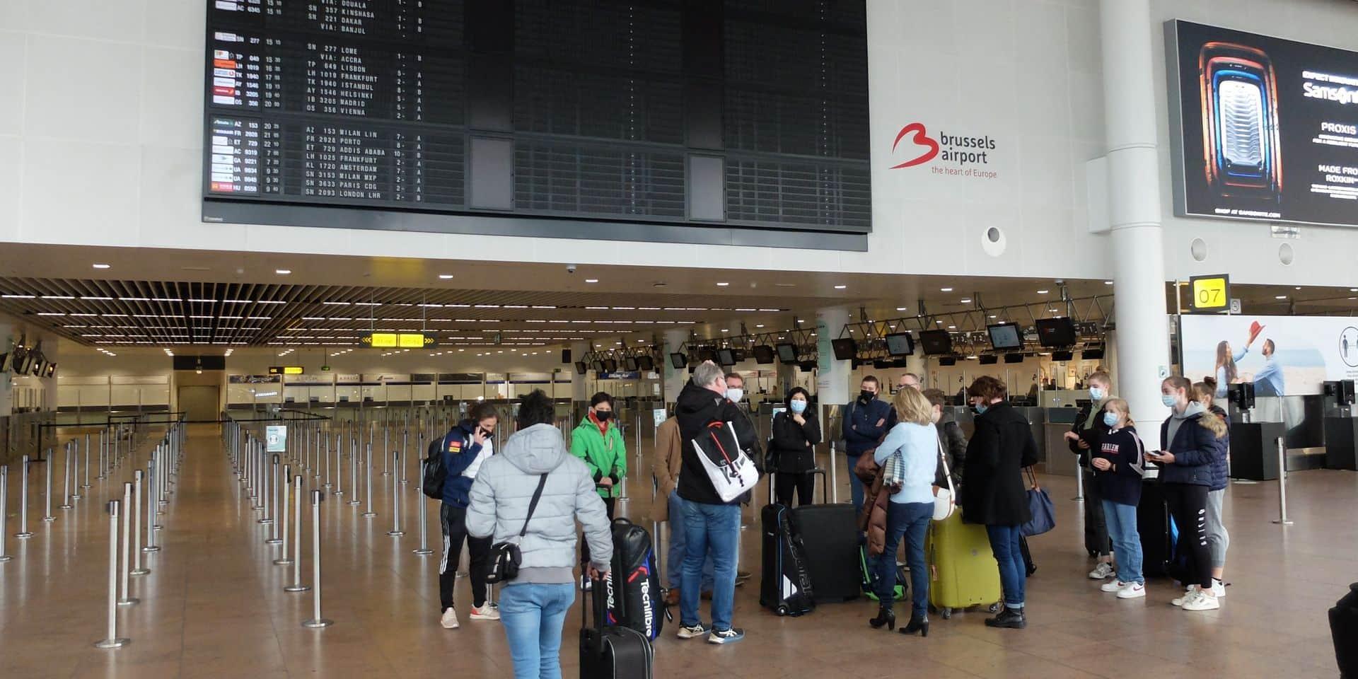 Voyages non-essentiels : le contrôle du testing sera renforcé au retour en Belgique