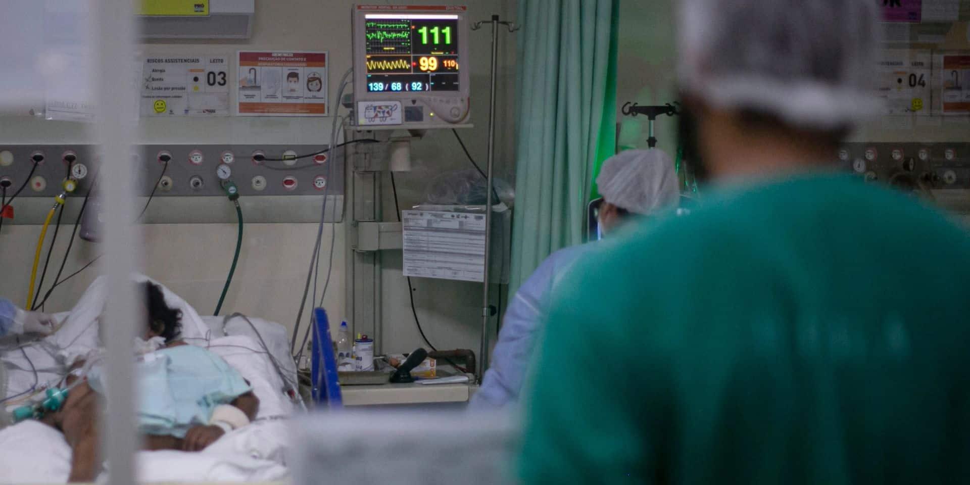 Coronavirus en Belgique: les contaminations en hausse mais les hospitalisations poursuivent leur diminution