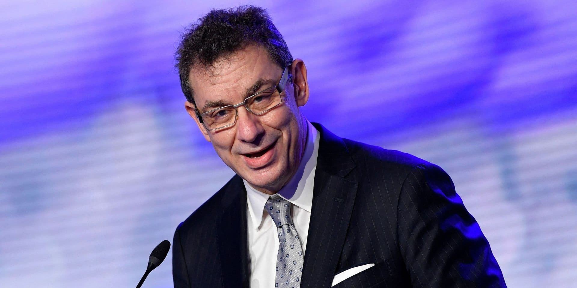 """Le PDG de Pfizer """"pas du tout"""" en faveur de la levée des brevets"""