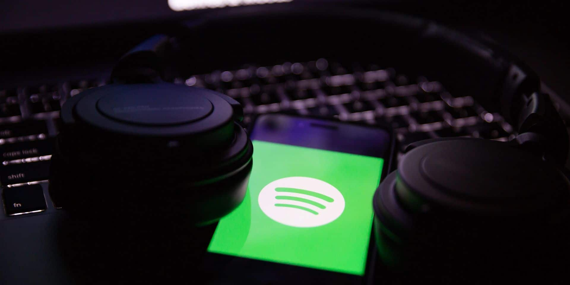 L'objectif serait de proposer un lecteur audio directement dans l'application.