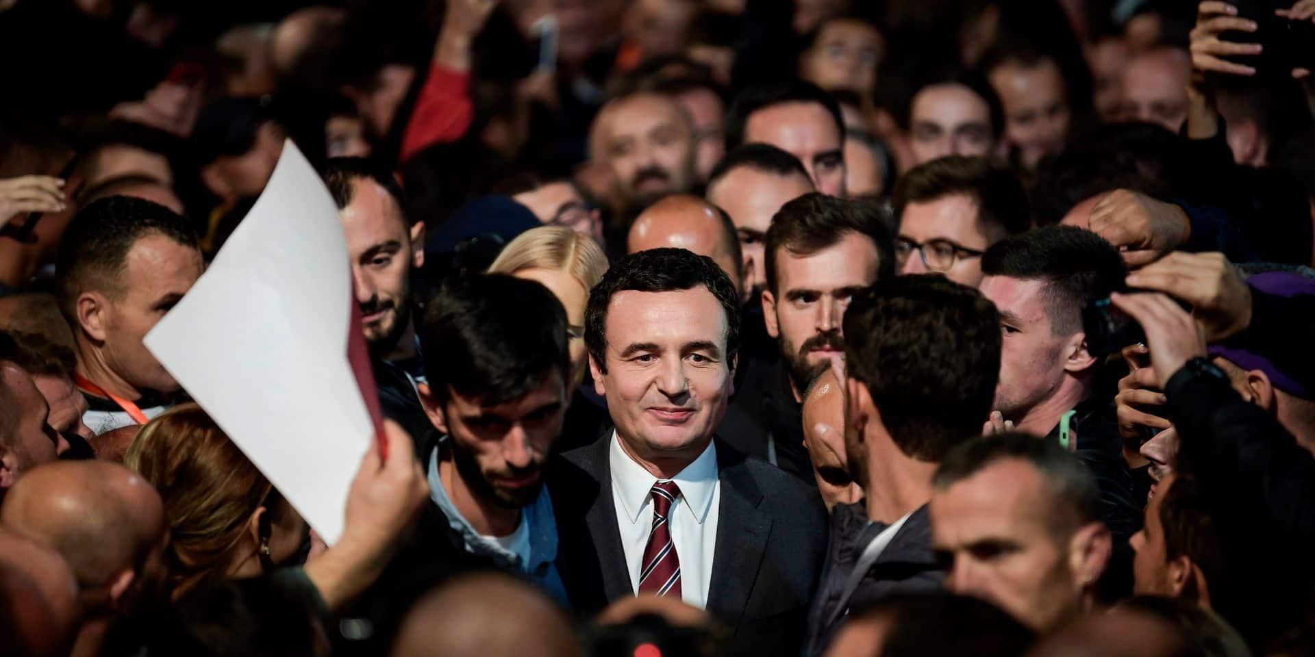 Il a goûté aux geôles de Milosevic, a prôné l'émeute contre la tutelle serbe... Qui est Albin Kurti, le nouvel homme fort du Kosovo ?