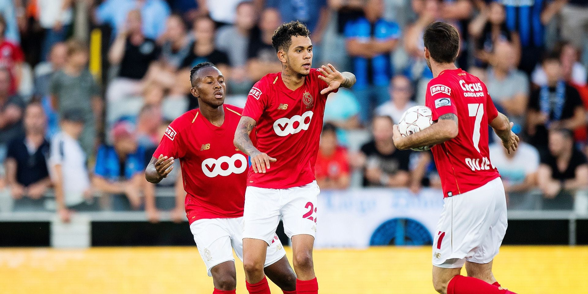 Standard's Junior Edmilson (C) celebrates after scoring during a soccer game between Club Brugge and Standard de Liege, the supercup match between the respective champion of the Jupiler Pro League and the Belgian cup winner, Sunday 22 July 2018, in Brugge. BELGA PHOTO JASPER JACOBS