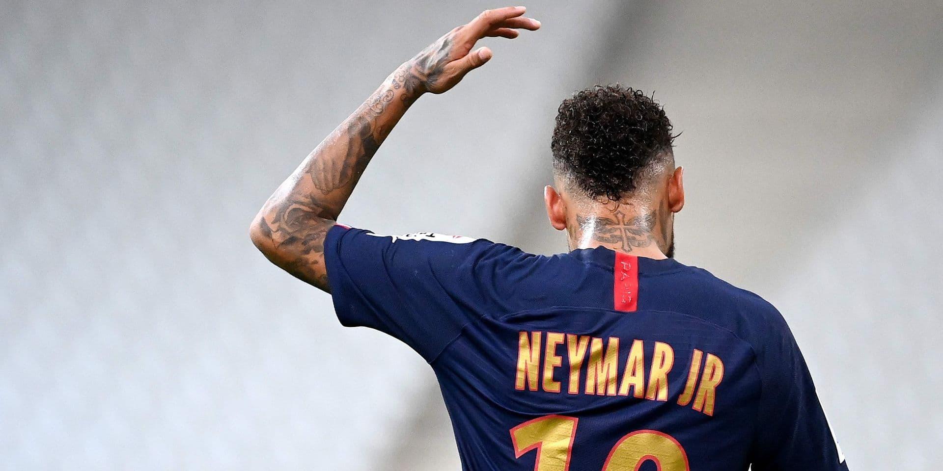 Coronavirus : enquête ouverte au Brésil sur le réveillon géant de Neymar
