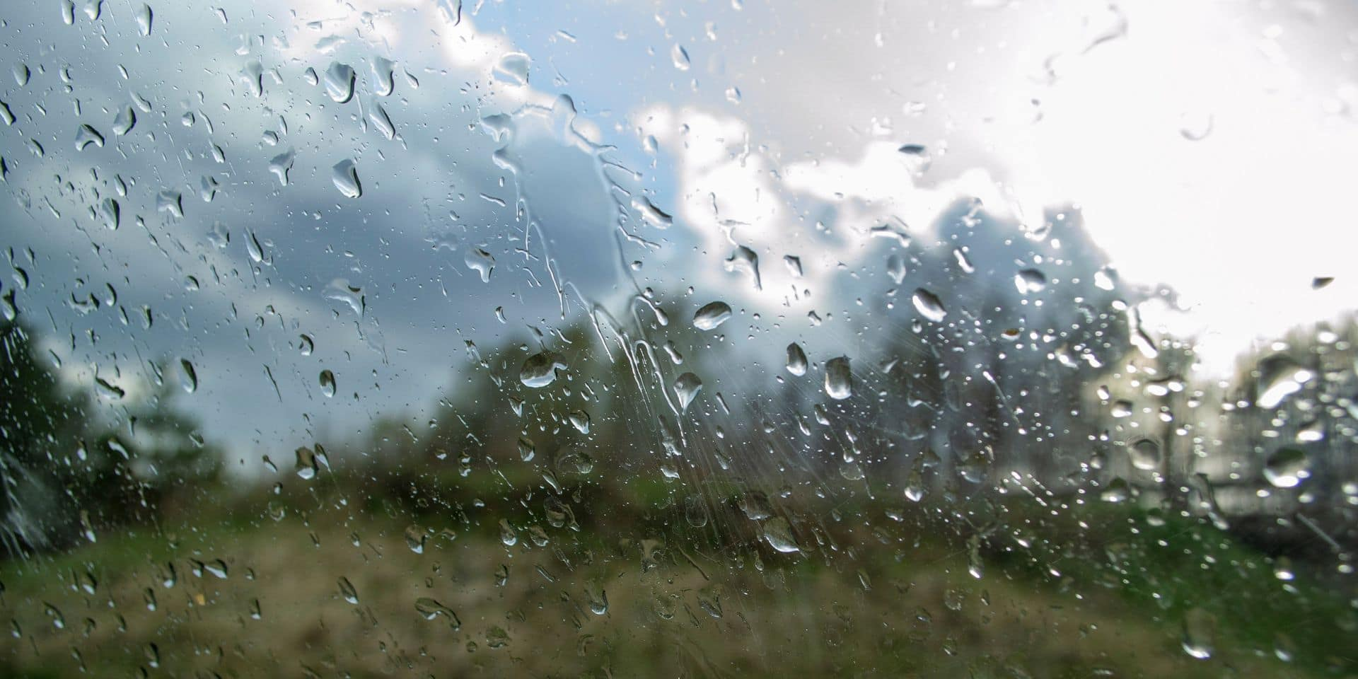 Météo: un peu de pluie et jusqu'à 21° ce samedi