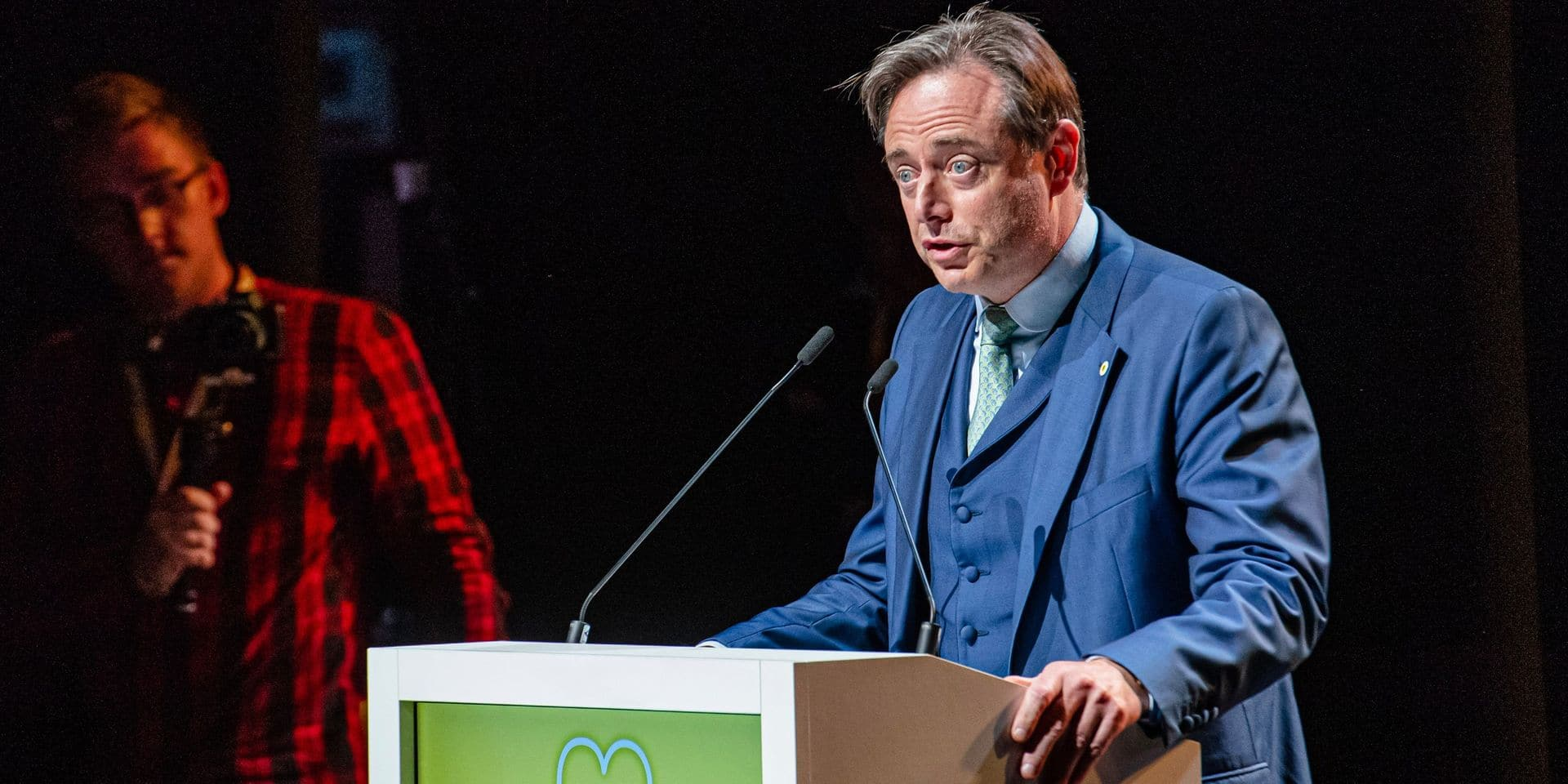 La petite blague de Bart De Wever sur les négociations fédérales (VIDEO)