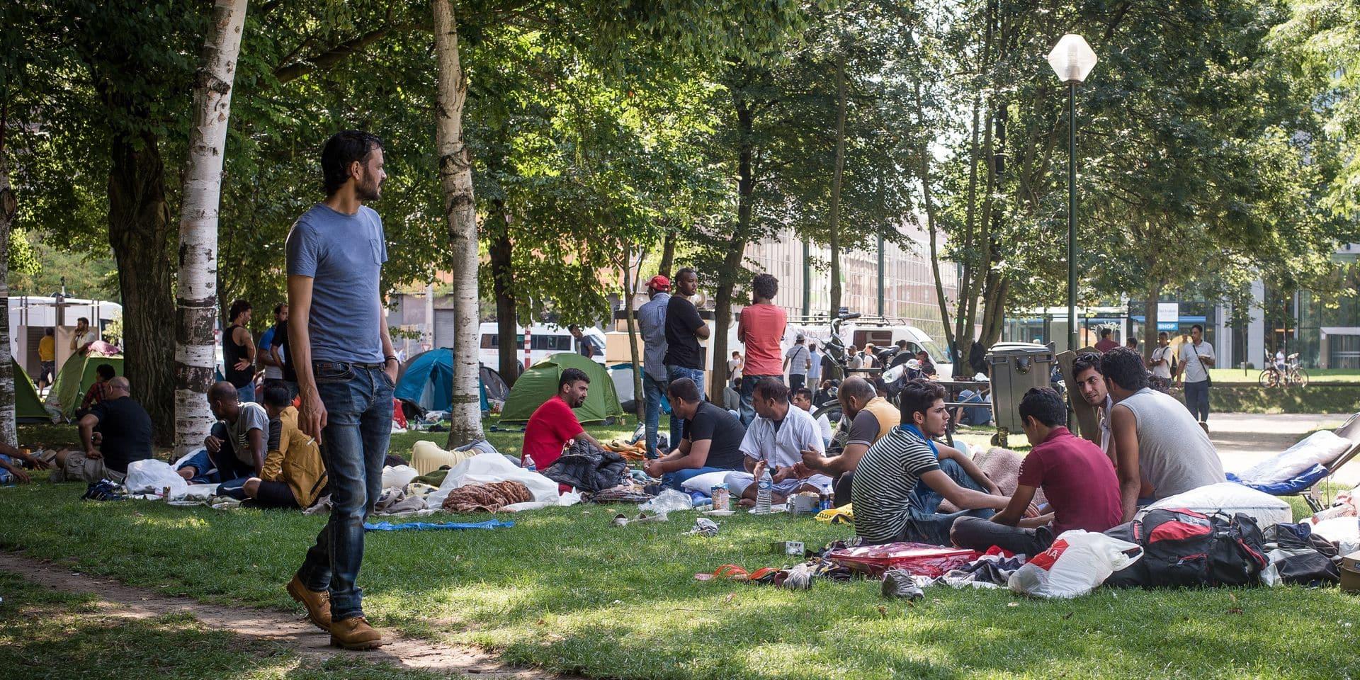 Parc Maximilien: la Plateforme citoyenne abat les frontières entre le sans-abrisme et la migration