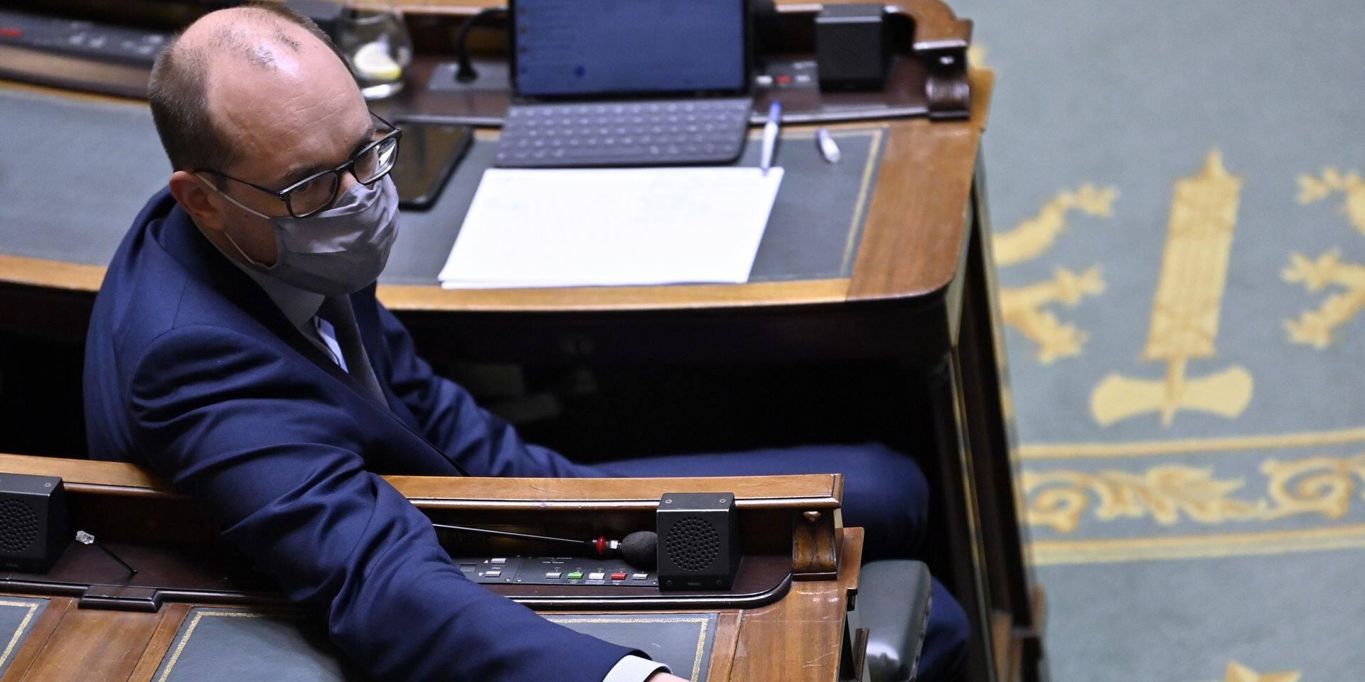 Quand le ministre Van Peteghem recadre Marc Raisière
