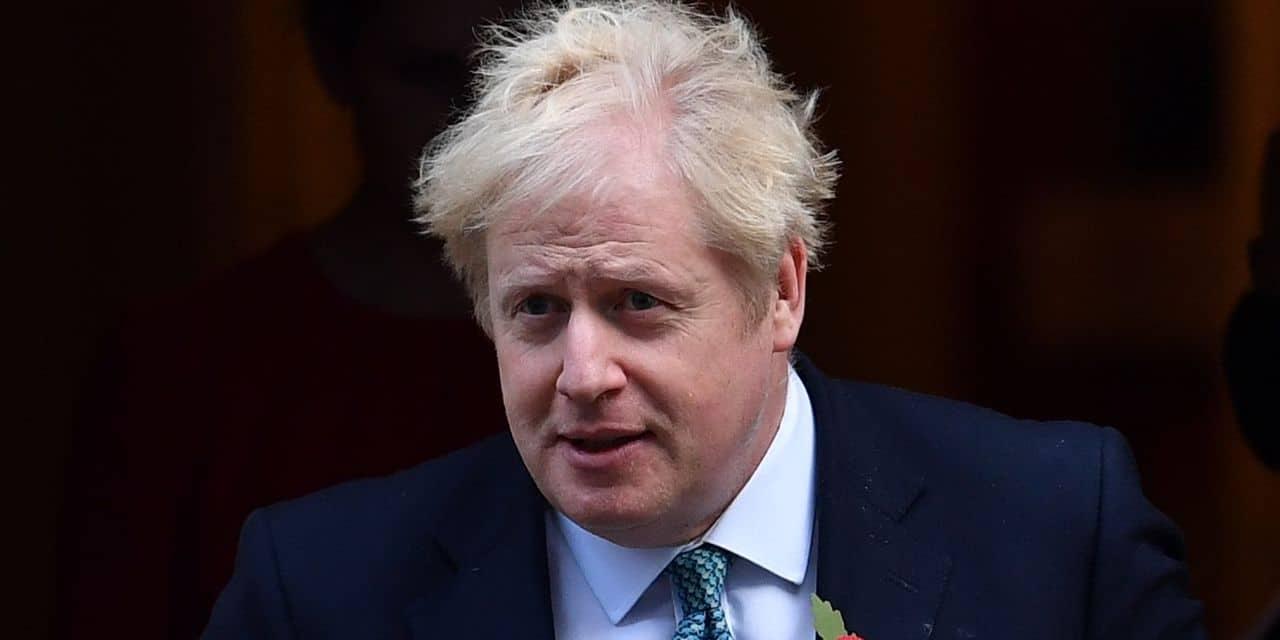 """L'épidémie frappe l'autorité de Boris Johnson : """"un échec catastrophique de leadership et de jugement"""""""