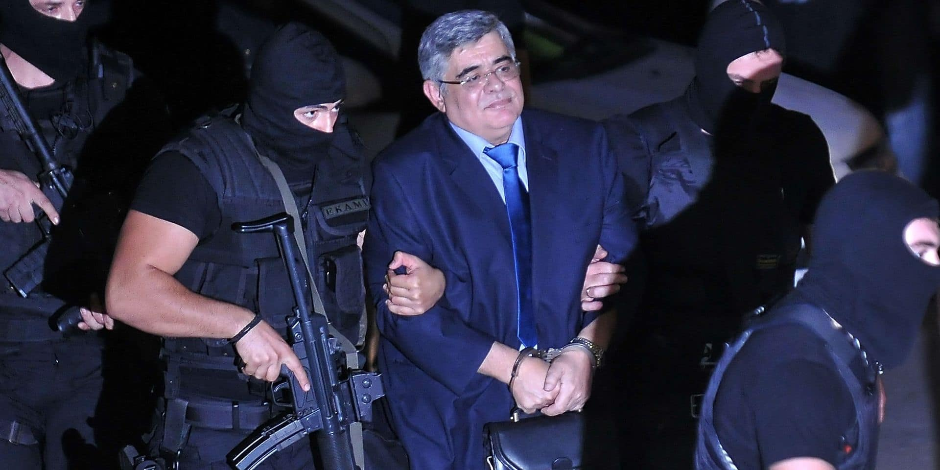 La cour pénale d'Athènes ordonne l'emprisonnement du chef du parti néonazi Aube dorée