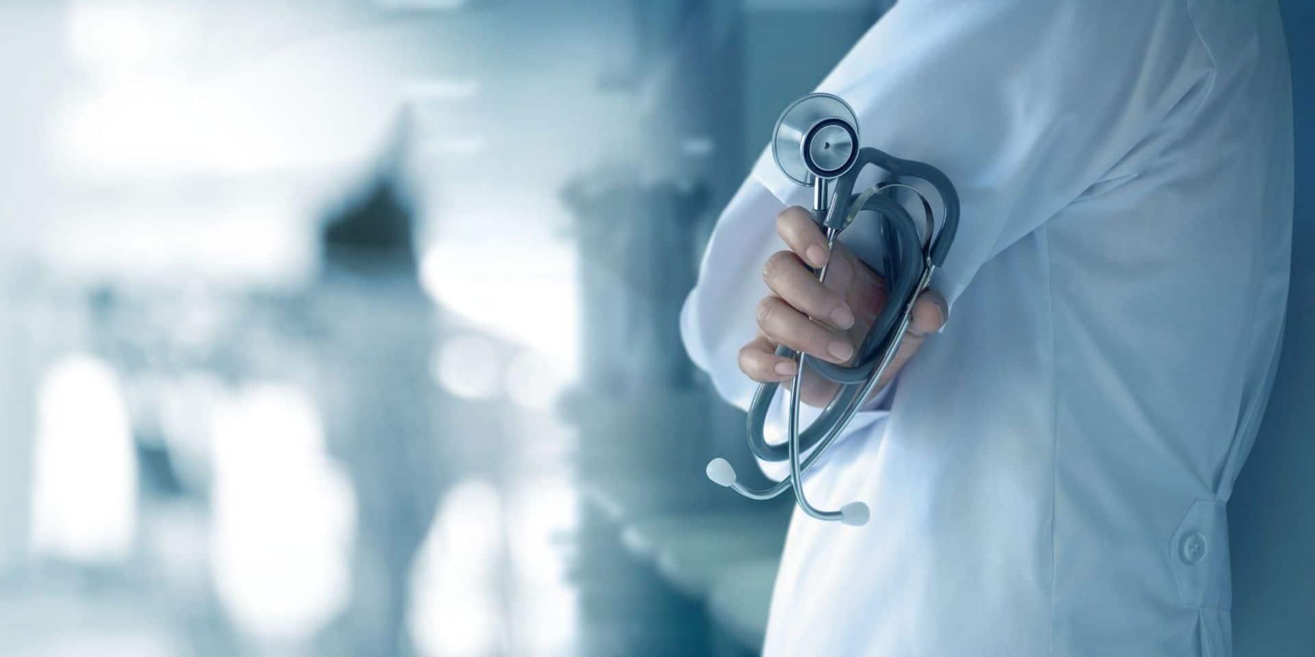 """Une autre vague risque de déferler, celle de """"syndromes post-soins intensifs"""""""