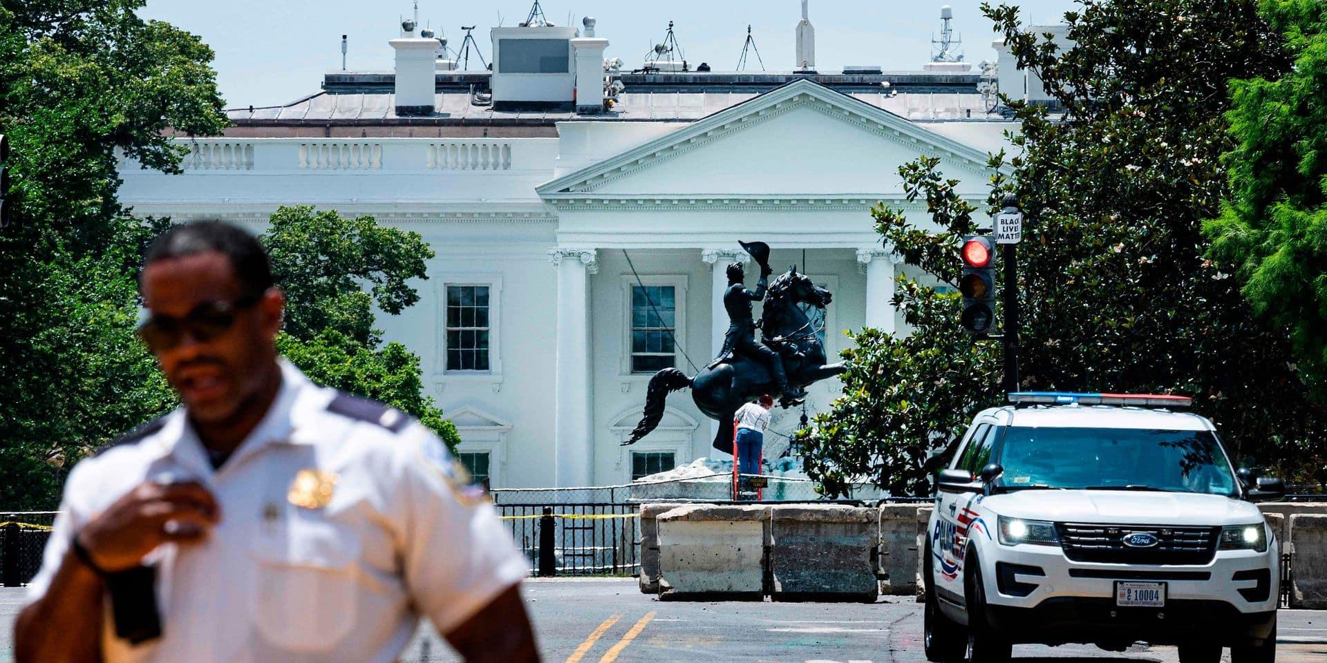 Quatre hommes inculpés pour avoir tenté de déboulonner une statue face à la Maison Blanche