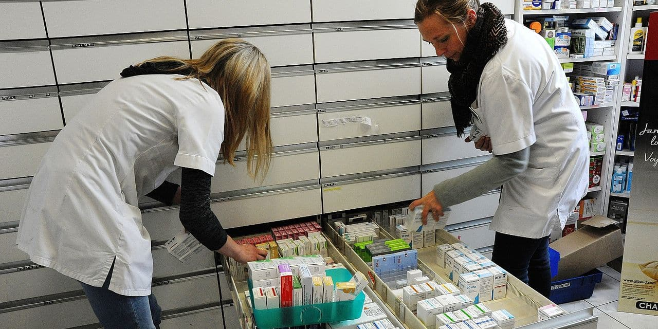 Reportage in a pharmacy in Auxi-le-Château, France. Reporters / BSIP