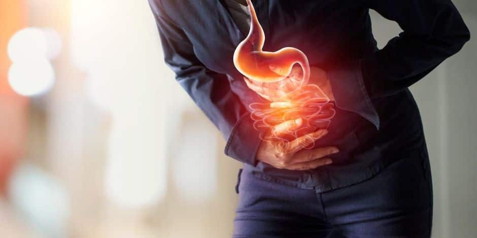 Woman,Touching,Stomach,Painful,Suffering,From,Stomachache,Causes,Of,Menstruation