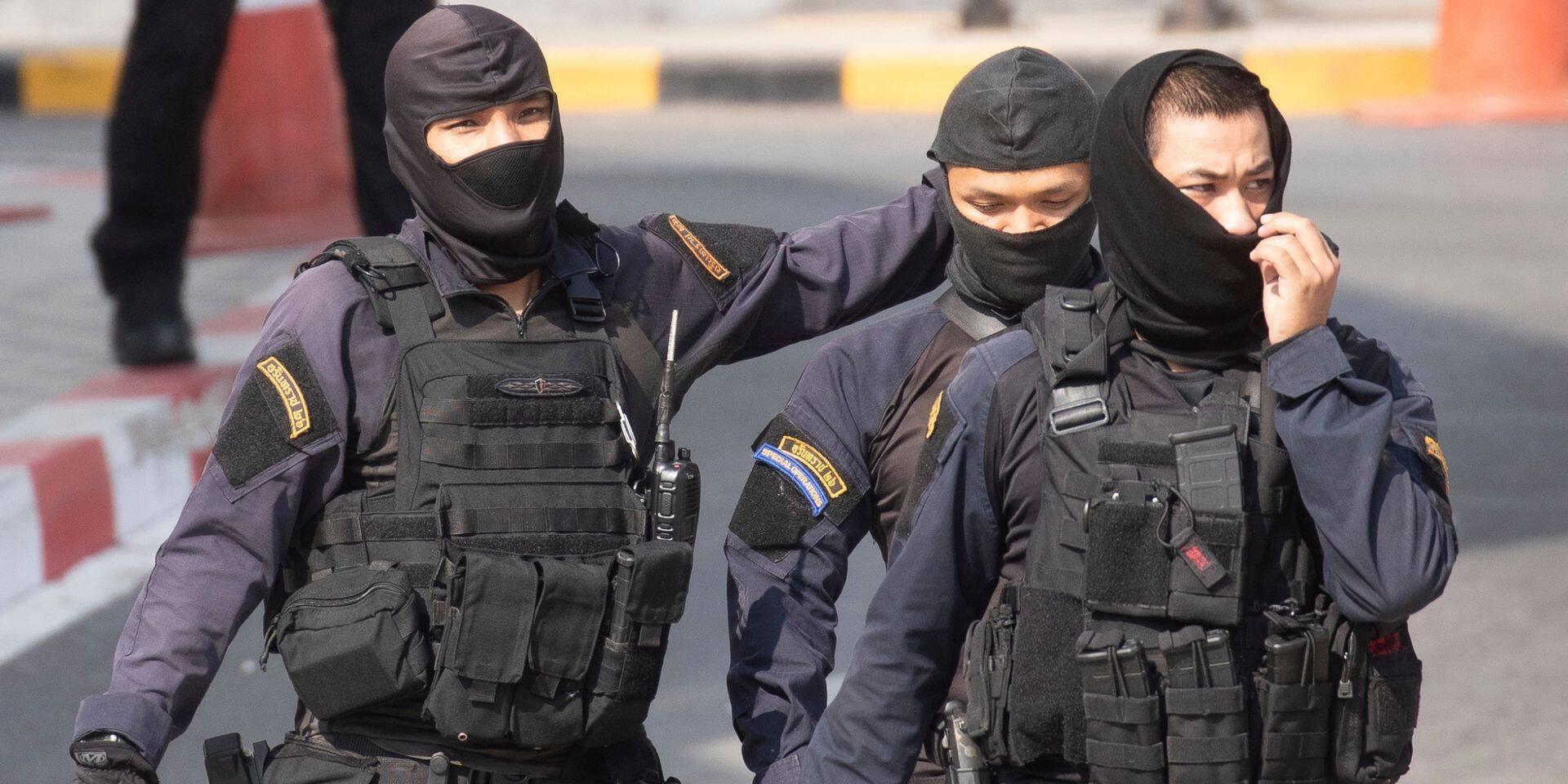 """""""Tout le monde était terrorisé"""": le témoignage d'un rescapé de la fusillade en Thaïlande"""