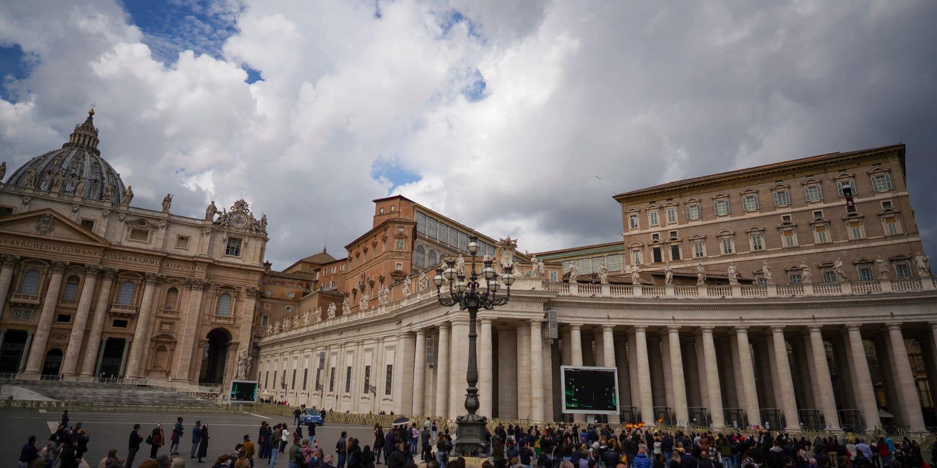 Le Vatican poursuivi en justice par une artiste de street art