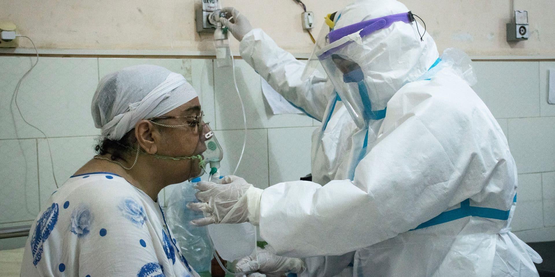 Sous équipés, les médecins égyptiens qui dénoncent leurs conditions de travail sont pris pour cible
