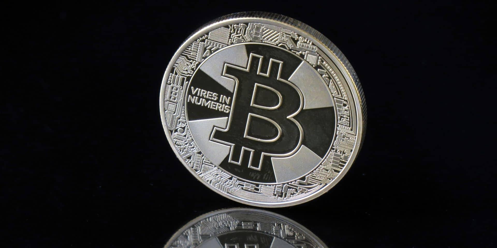 Paypal lance un service de vente de cryptomonnaies, le cours du bitcoin décolle