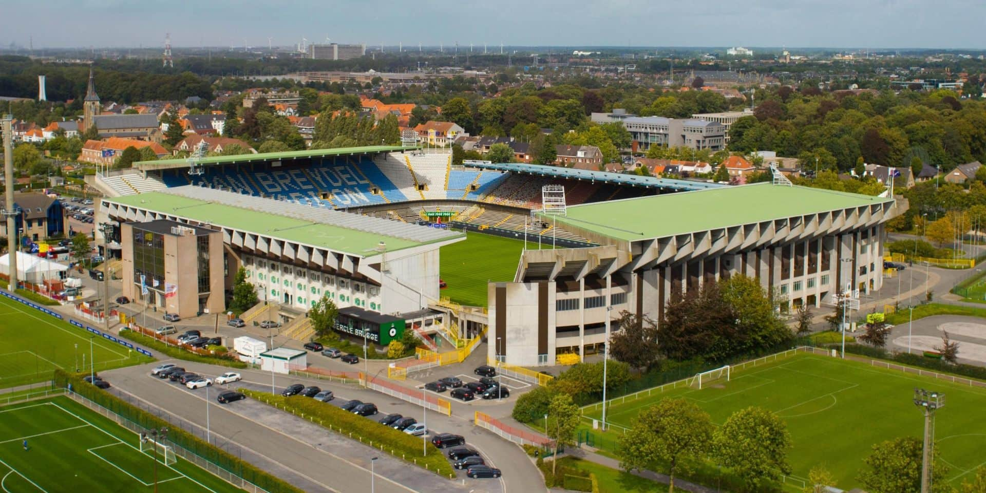 Jupiler Pro League : les stades seront encore non-fumeurs la saison prochaine