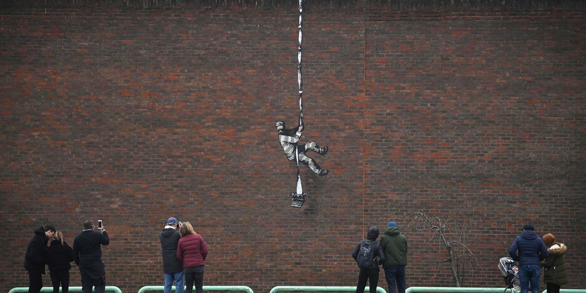 Banksy est-il l'auteur d'une nouvelle oeuvre apparue sur le mur d'une prison du sud de l'Angleterre?