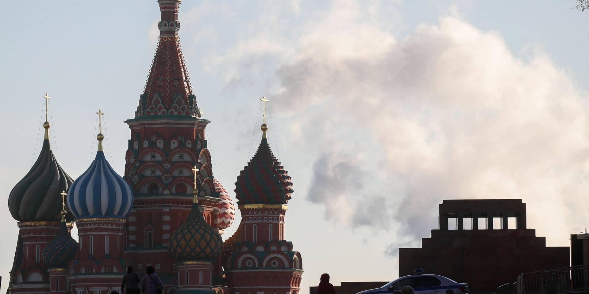 """Moscou expulse sept diplomates européens pour leur """"solidarité"""" avec Prague"""