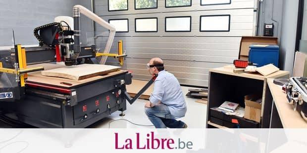 Fablab e square atelier partage Marche co working atelier machine gravure bois boiserie travail emploi securite