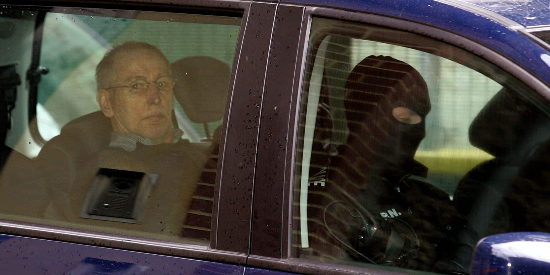 Affaire Fourniret: une dizaine d'ADN inconnus relevés sur un matelas