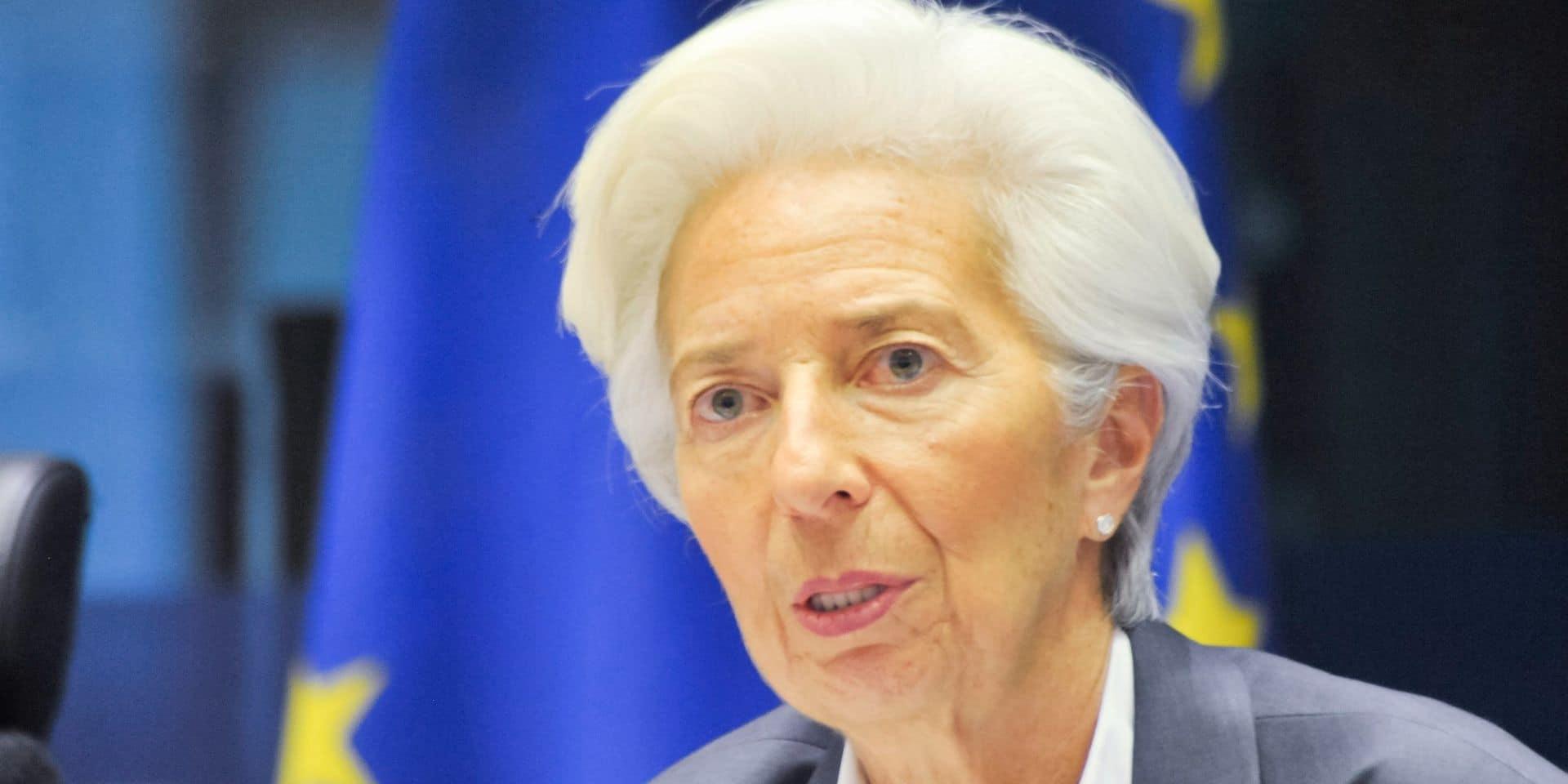 Christine Lagarde, présidente de la BCE, donnera une conférence de presse pour détailler ces décisions.
