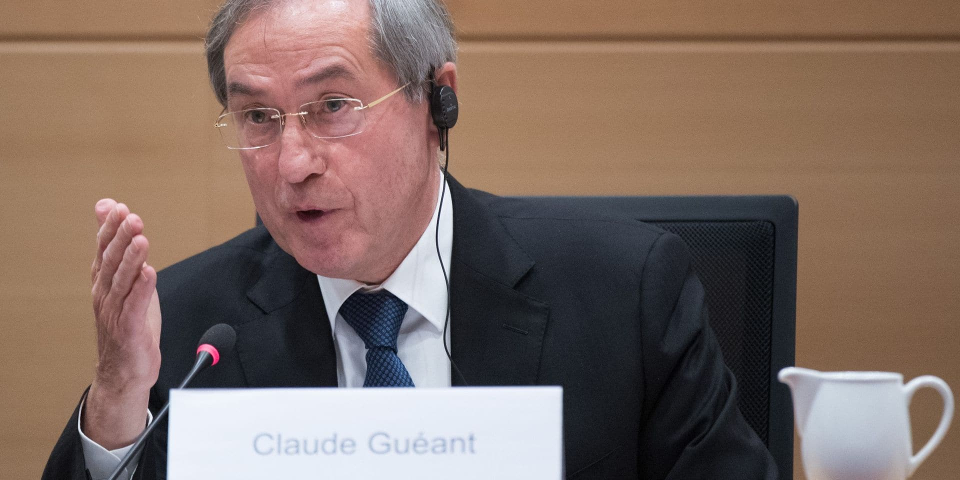"""Soupçons de financement libyen: Claude Guéant inculpé pour """"association de malfaiteurs"""""""