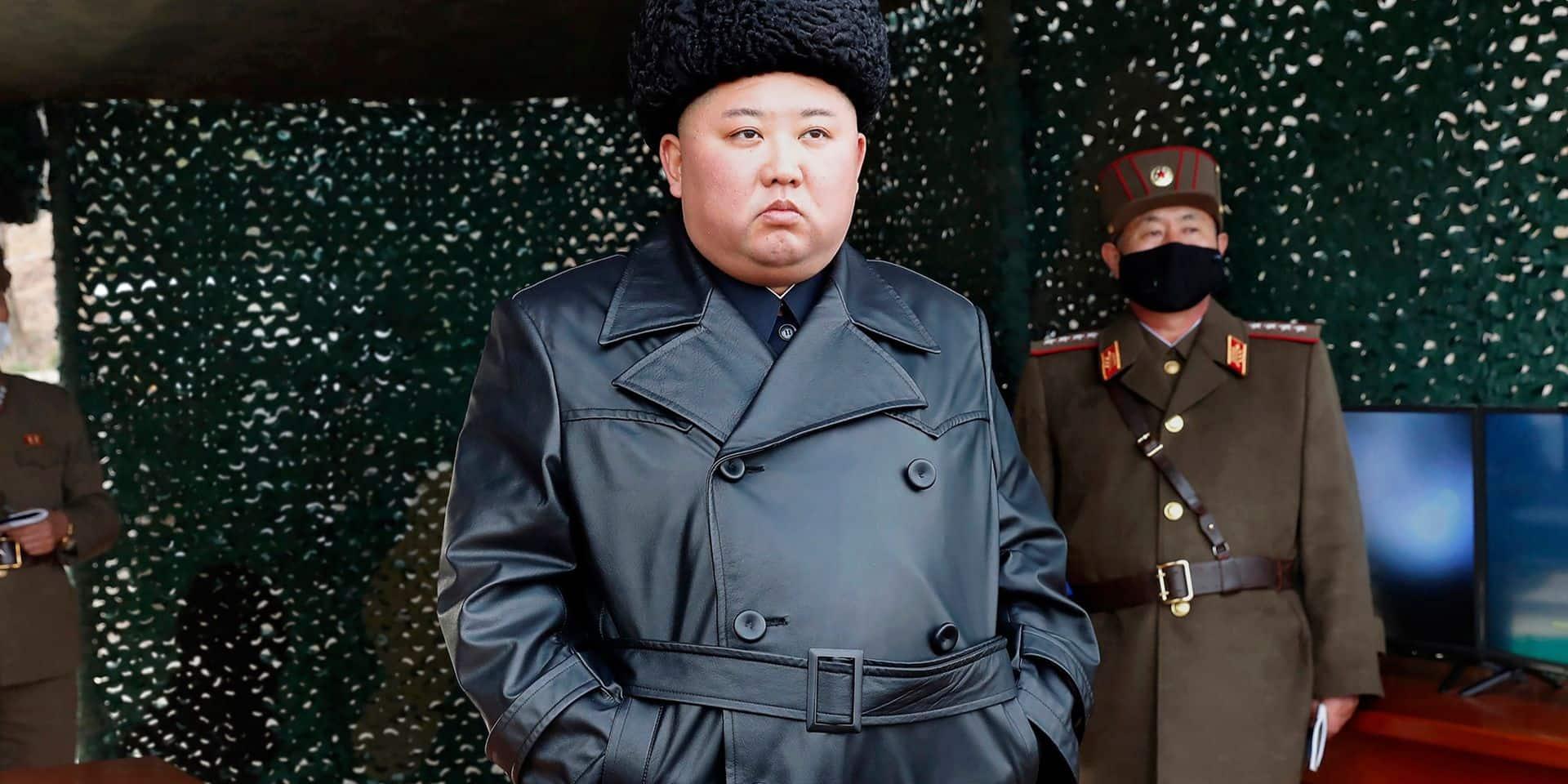 """Kim Jong Un a supervisé un """"tir d'artillerie de longue portée"""""""