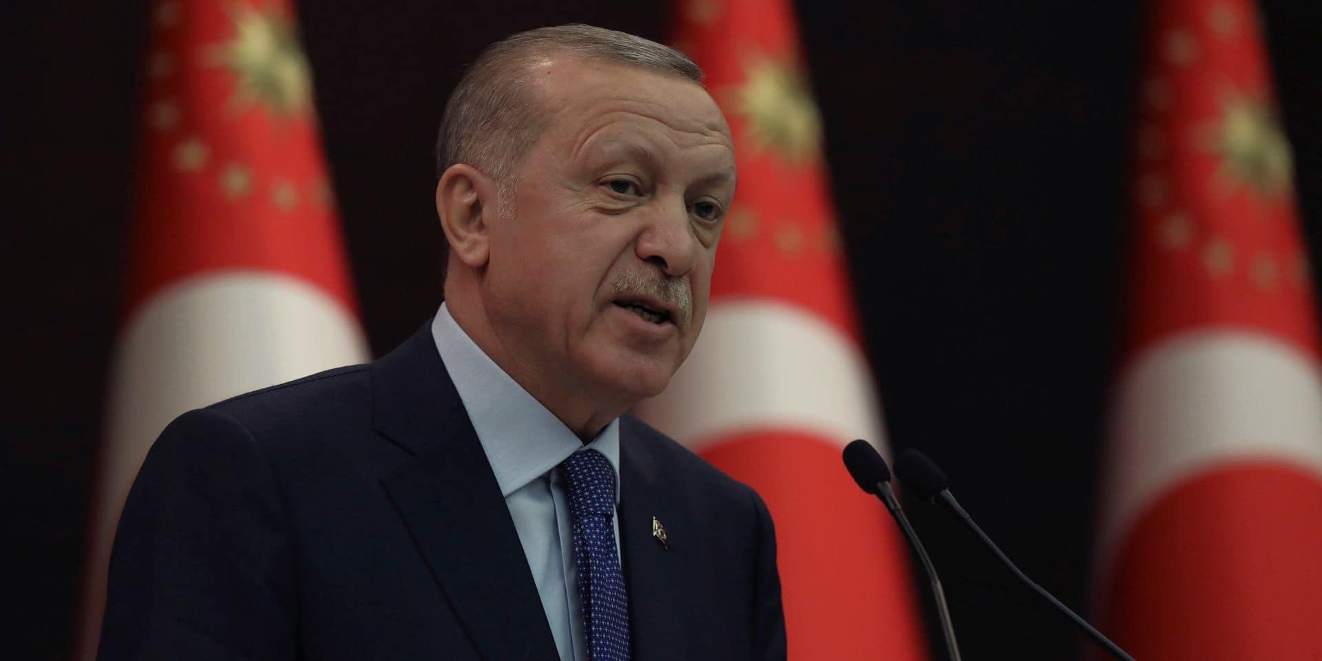 """La Turquie se désoccidentalise"", selon Cengiz Aktar"