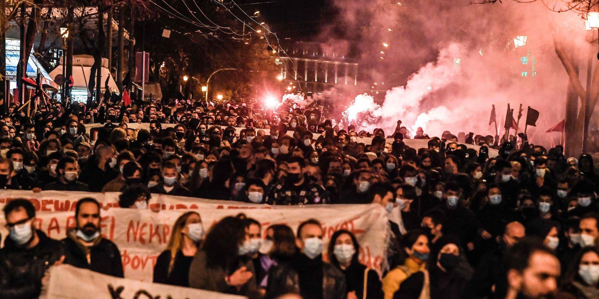 En Grèce, la radicalisation du gouvernement face à un gréviste de la faim inquiète
