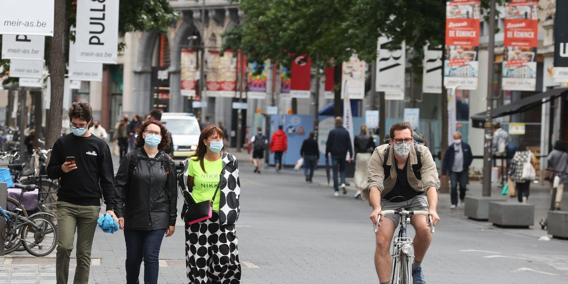 Les Pays-Bas déconseillent de se rendre à Anvers, Londres réfléchit à une quarantaine au retour de la Belgique