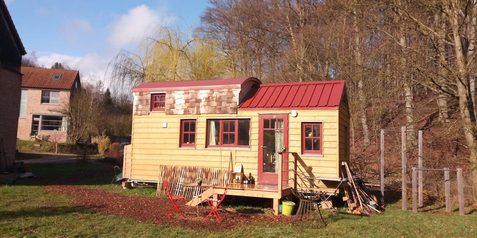 La tiny house de l'habitat groupé du Bois del Terre, à Ottignies, est la première habitation légère à avoir reçu un permis d'urbanisme en Wallonie.