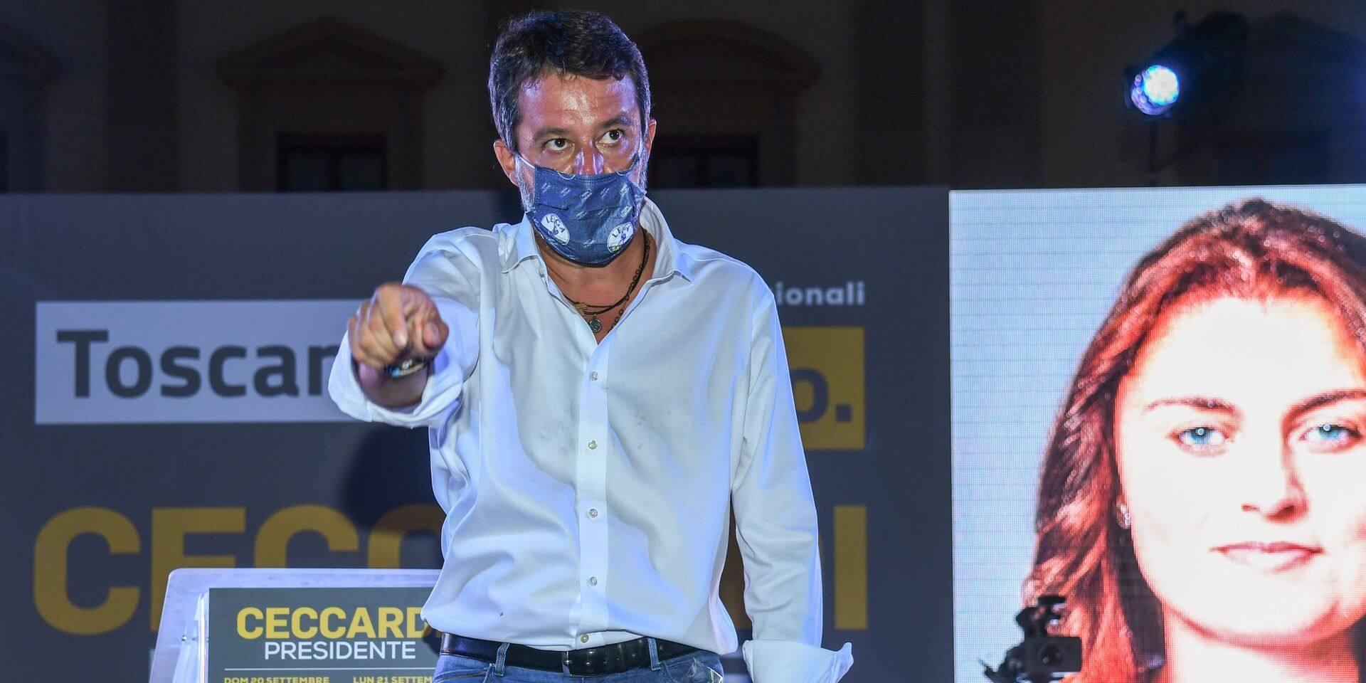 Italie: près d'un tiers des électeurs aux urnes dimanche, bravant le coronavirus