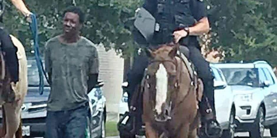 Un Noir, une corde, des policiers : l'Amérique s'indigne