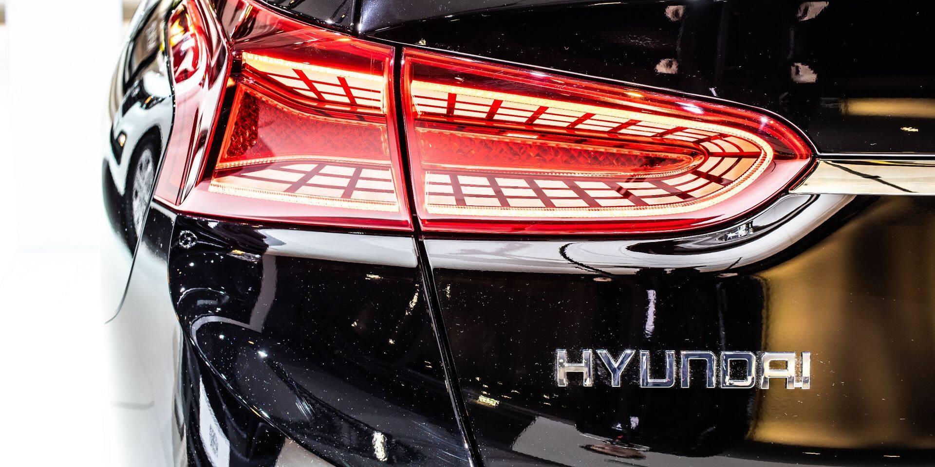 Ce démenti a entraîné une chute de 13 % de l'action Kia à la Bourse de Séoul et de 5,6 % de celle de Hyundai.