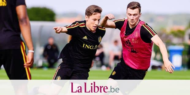 Belgium's Yari Verschaeren and Belgium's Bryan Heynen fight for the ball during a training session of the U21 youth team of the Belgian national soccer team Red Devils, Friday 31 May 2019, in Tubize. BELGA PHOTO LAURIE DIEFFEMBACQ