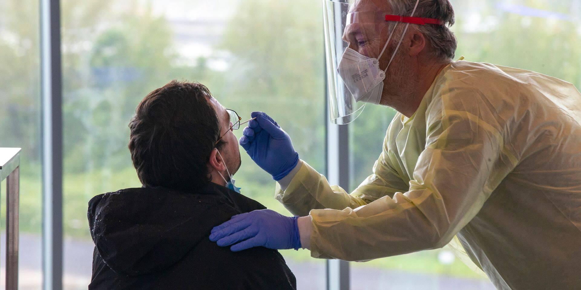 Coronavirus en Belgique : moins de 1.500 personnes hospitalisées pour une infection au Covid-19