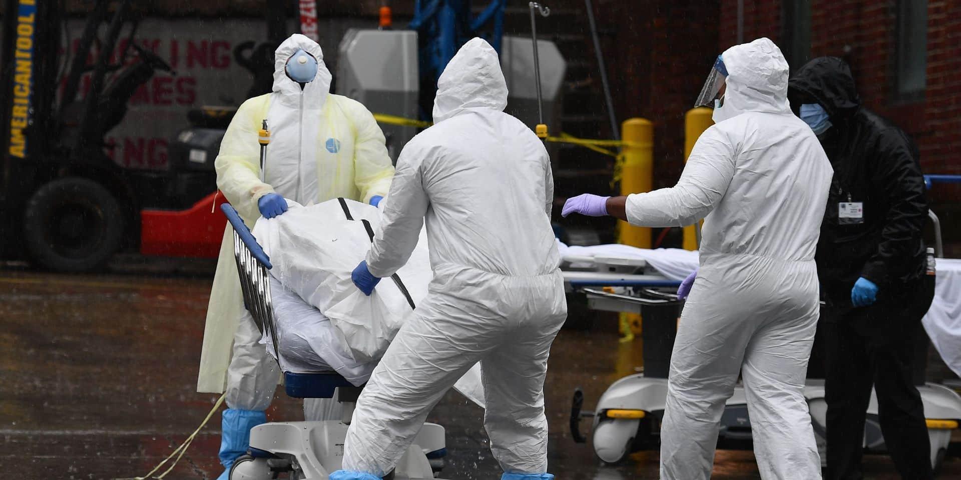 Coronavirus: les Etats-Unis franchissent la barre des 15.000 morts, plus de 12.000 décès en France