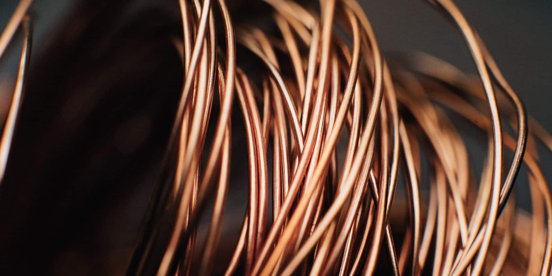 Les prix du cuivre, de l'acier et du fer flambent