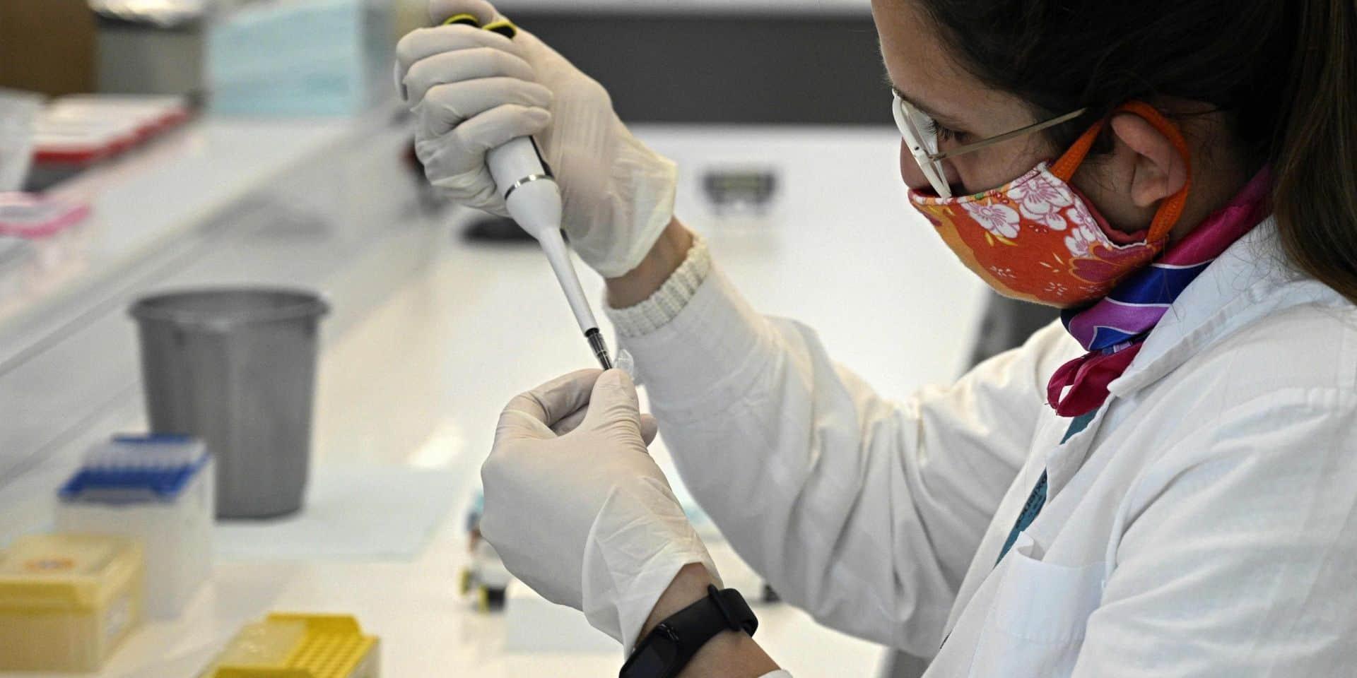 """Coronavirus: Pfizer annonce que son vaccin est """"efficace à 90%"""""""