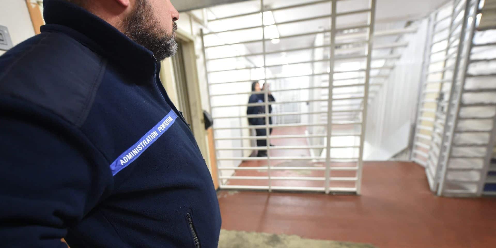 Les syndicats retirent leur préavis de grève pour les prisons