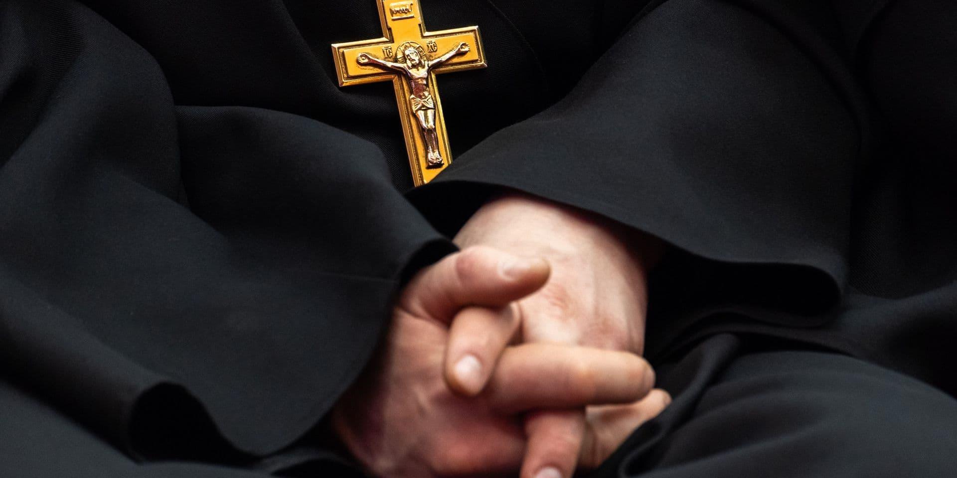 Arrestation en Suisse d'un prêtre condamné à Bruxelles pour abus sexuel sur mineur